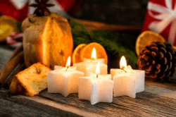 weihnachtskerze © Hetizia - Fotolia.com