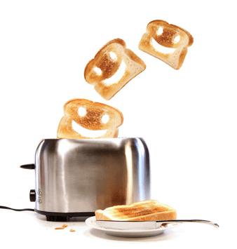 toaster © Sandra Cunningham - Fotolia.com